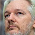 위키리크스 설립자인 어산지의 체포를 준비 중인 미국