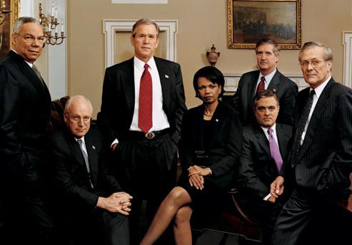 전 미국 법무장관이 이라크 전쟁 책임자들에 대한 소송에 참여하다.