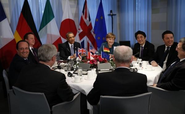 오바마, G7 정상들에게 러시아 제재를 유지하도록 촉구하다.