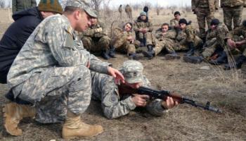 미국은 시리아에서 '온건 반군'의 훈련을 시작했다.