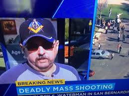 전직 정보부 계약업체 직원이 샌버나디노 총격은 정부가 고용한 용병들이 한 일이라고 주장하다.
