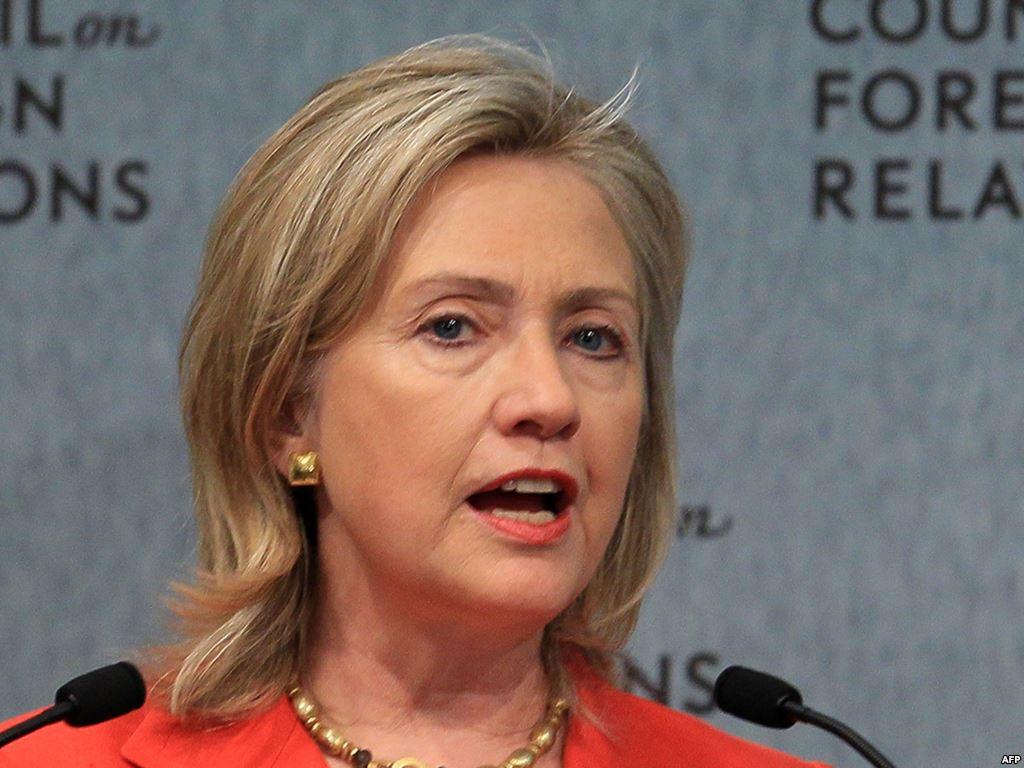 힐러리의 유출된 이메일은 이스라엘을 위해 시리아 정부를 전복시켜야 한다고 적고 있다.
