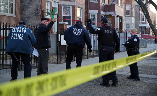 미국 주요 언론사들은 시카고의 총격 사건보다 고릴라의 죽음에 54배 많은 시간을 할애했다.