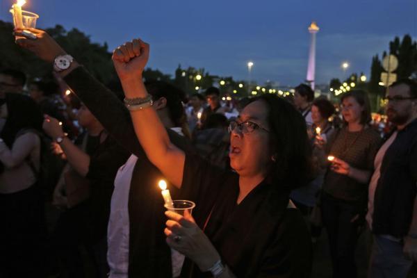 인도네시아, 아동 성범죄자는 최대 사형에 처해질 수 있다.