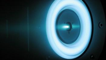 물리학 법칙을 위반하는 EM 드라이브 기술을 인정하는 NASA 문서가 유출되다.