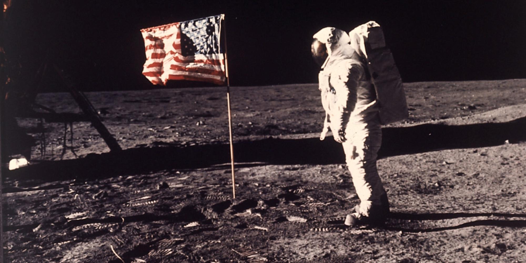 아폴로 11호 우주인 버즈 올드린은 진실을 말한 것인가?