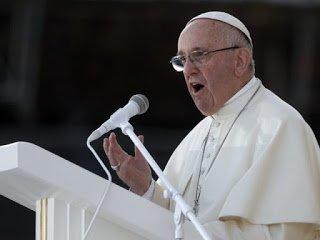 교황에게 전달된 성추행 피해자의 편지에서 드러나는 진실