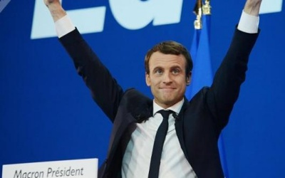 프랑스 대선 결선에서 중도 성향의 마크롱이 당선되다.