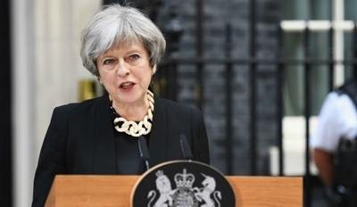테러 방지를 위해 국제 사회의 인터넷 검열을 요구한 영국의 메이 총리