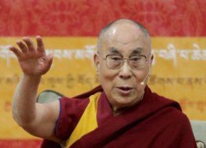 유럽으로의 대규모 난민 유입에 대해 우려를 나타낸 달라이 라마