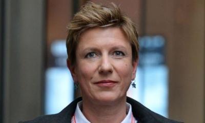 유아성애자 지미 새빌에 대한 보도를 거부한 BBC를 떠난 리지 맥킨이 사망하다.