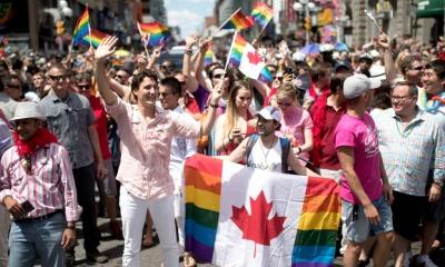 캐나다 성전환자들은 여권에 성별을 X로 표기할 수 있다.