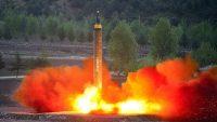 북한의 미사일 화성-12호는 우크라이나에서 들여온 엔진을 사용했다.