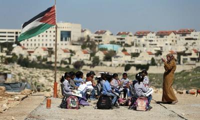 유대계 이스라엘인들의 거의 절반은 아랍인들의 추방을 원한다.