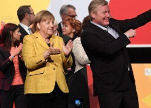 지지율 추락 속에서 4선에 성공한 독일의 메르켈 총리