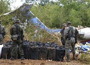 2007년에 코카인을 배달하던 CIA 비행기의 추락