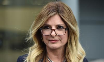 트럼프에게 성폭력을 당했다고 주장하는 여성을 제공하고 현금을 받은 인권 변호사.