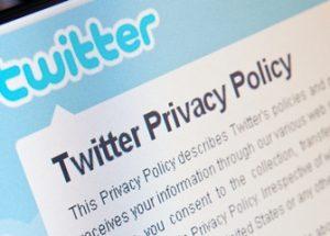 트위터는 당신의 은밀한 사생활을 저장하고 있다.