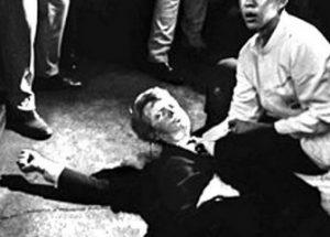 아버지를 죽인 범인이 따로 있다고 믿는 로버트 케네디 주니어
