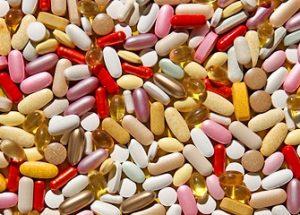 비타민 보조제가 건강에 도움이 되지 않는다는 연구가 나오다.