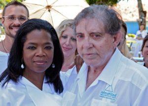 브라질의 영적 치료사를 수사하던 도중 발생한 이상한 현상