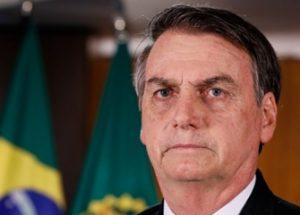 코로나 확진 후 하이드록시클로로퀸을 복용하고 있는 브라질 대통령