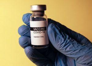 화이자의 코로나 백신 접종 후 면역저혈소판증이 보고되고 있다
